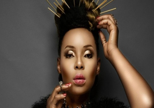 """Togolese Activist calls out Yemi Alade for """"helping sustain political oppression"""""""